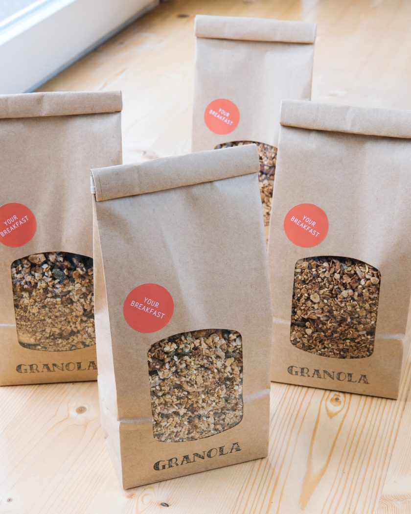 BacktoBlack_HomemadeGranola
